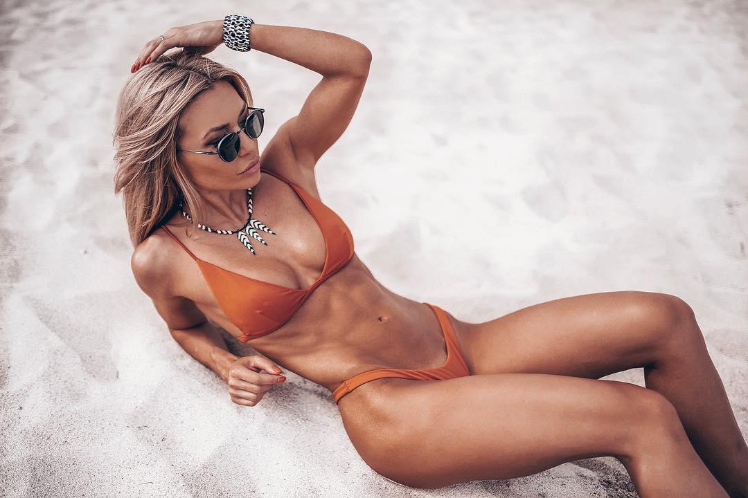 Инстаграм-фитоняшки: Самые красивые, стройные фитнес-девушки