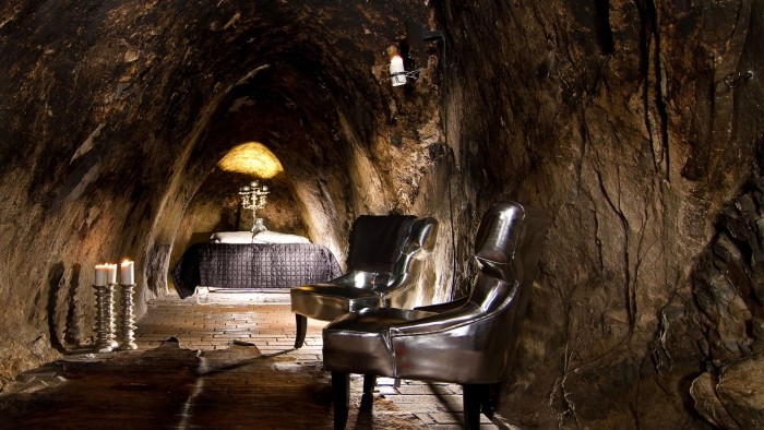 sala-silvermine sweden honeymoon 2017